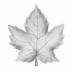 Silver Resin Maple Leaf Plate Style A